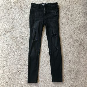 Hollister High Rise Super Skinny Black Ripped Jean
